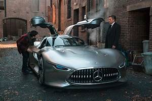 Batman to Drive Mercedes-Benz Vision GT in Justice League ...