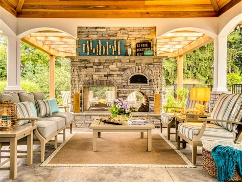 Tips For Creating Perfect Outdoor Living Space