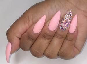 11 stresses you... Fake Nails