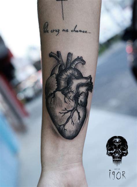 geometric tattoo heart ideas yo tattoo