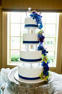 Wedding Cake with Dendrobium Orchids | My Wedding | Pinterest