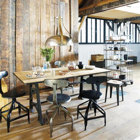 chaise indus en metal effet vieilli telegraphe maisons du monde salle  manger pinterest