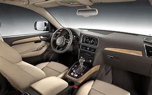 Audi Q5 Interieur : 2013 audi q5 first look photo gallery motor trend ~ Voncanada.com Idées de Décoration