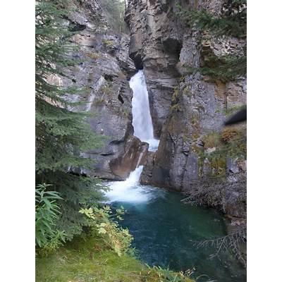 Panoramio - Photo of Johnston CanyonBanff National Park