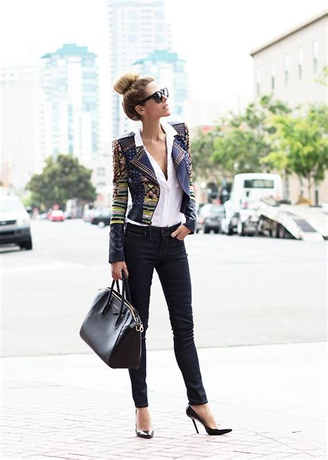 50 Great-Looking (Corporate and Casual) Work Outfits for Women   Styles Weekly