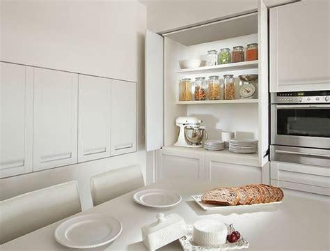 astuces cuisine rapide astuce rangement malin pour une cuisine fonctionnelle