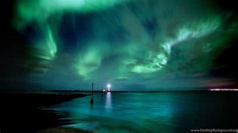 blue green aurora borealis wallpaper desktop background