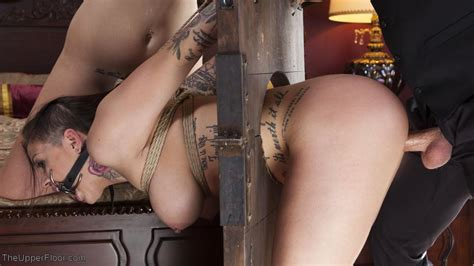girl on guillotine porn