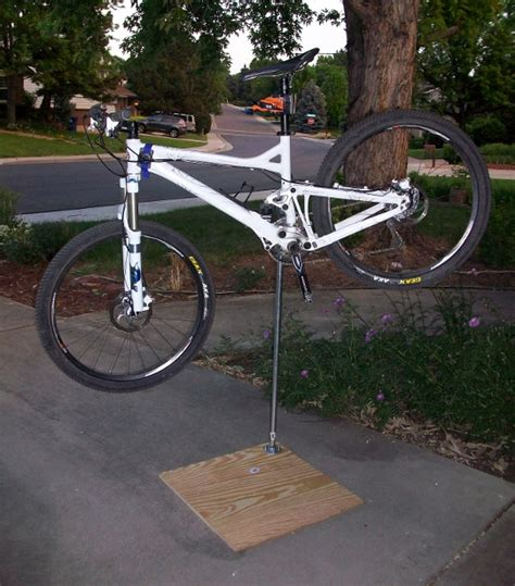 Mountain Bike Work Stand diy how to build your own bike work stand singletracks