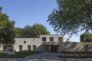 Neun Grad Architektur : umbau einer kirche zum kindergarten neun grad architektur ~ Frokenaadalensverden.com Haus und Dekorationen