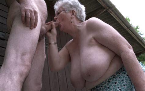 Horny Nasty Granny Pics Xhamster