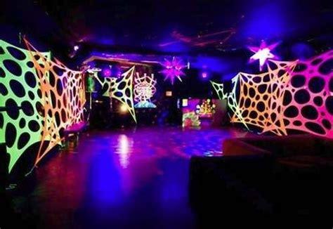 black light party wall decorations decoracion fiesta rave buscar con google arte