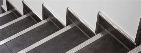 Fliesen Abschlussprofil Verlegen by Treppe Weitzel Alles Ist M 246 Glich
