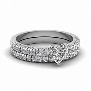 shimmering set fascinating diamonds With heart diamond wedding ring set