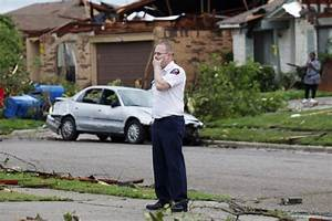 Texas Tornadoes: Pictures Of Texans Repairing Homes, Lives ...