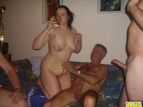 14  Porn Pic From He Sharing Swinger Wife With Friends