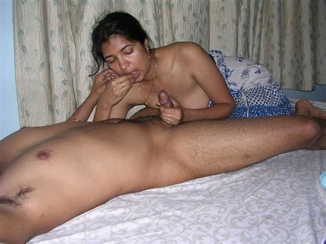Sexy Indian In Hot Action Sucking Cock And Xxx Dessert
