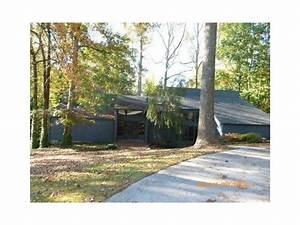 5521 Silver Ridge Dr, Stone Mountain, GA 30087 Foreclosed ...