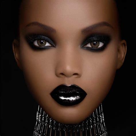 maquillage yeux noir maquillage yeux noir j ai un regard atypique