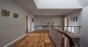 deco couloir etroit avec escalier With couleur pour couloir sombre 10 renovation escalier la meilleure idee deco escalier en un