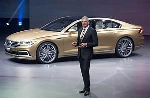 Volkswagen Passat Cc : super size cc world debut for new vw c coupe gte in shanghai by car magazine ~ Gottalentnigeria.com Avis de Voitures