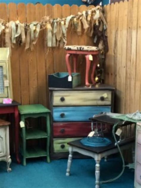 Backyard Treasures Dothan Al 1000 images about painted furniture on