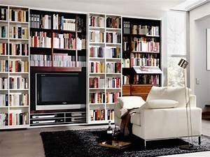 Tv An Wand Anbringen : die besten 25 tv wand als raumteiler ideen auf pinterest regal hinter der couch wand tv ~ Markanthonyermac.com Haus und Dekorationen