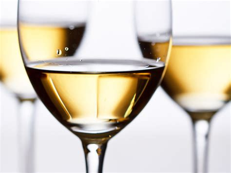 wine for thanksgiving how to choose white wine for thanksgiving serious eats