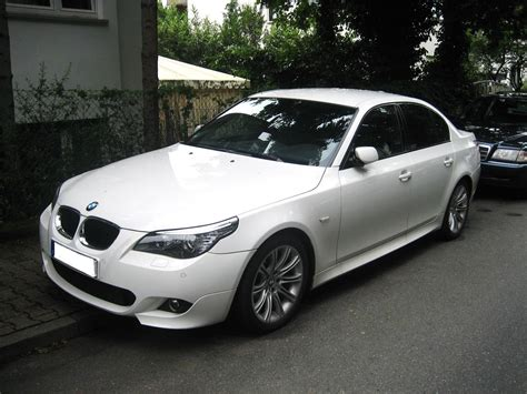 BMW 530 - Information and photos - MOMENTcar