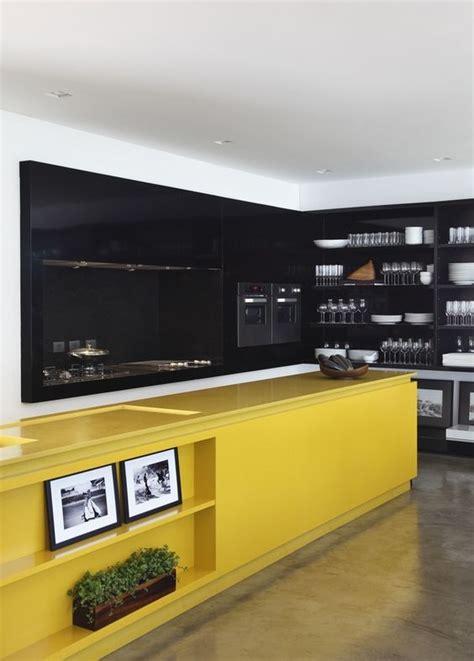 27 Yellow Kitchen Decor Ideas To Raise Your Mood  Digsdigs