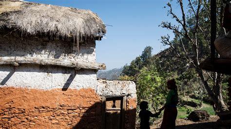 woman   children die  nepal menstruation hut