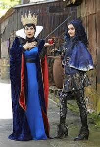Evie Evil Queen and Descendants