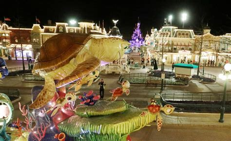 Lenormand oracle cards gina di roberto lo scarabeo. Disney's Stars on Parade, la nouvelle parade de Disneyland ...