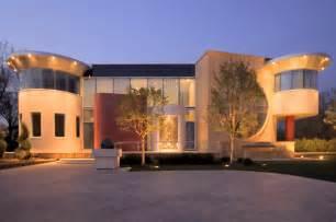exotic luxury house  toronto canada  contemporary