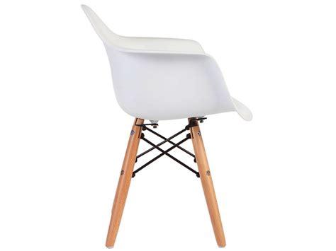 chaise eames enfant chaise enfant eames daw blanc