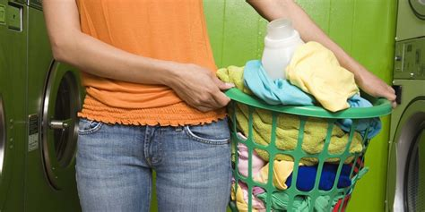 7 Ways You're Doing Laundry Wrong Huffpost