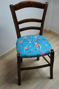 Tapisser Une Chaise : tuto chaises ou comment retapisser une chaise en paille ou autre mes nuits claires ~ Melissatoandfro.com Idées de Décoration