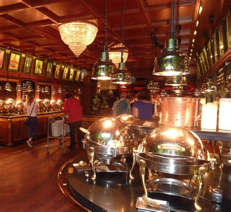 Le Grand Buffet  Narbonne  Combedouzou Voyages