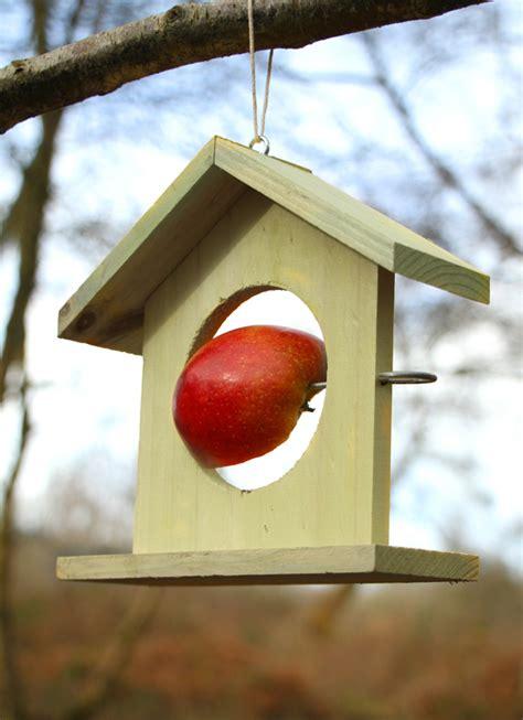 Futterstellen Für Vögel by Futterstelle F 252 R V 246 Gel Aus Holz Gr 252 N 17 99