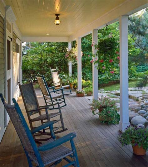 Cottage Porch by Cottage With A Fabulous 3 Season Screened Porch