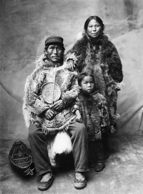 Inuit Family in Winter Clothing | Image No: ND-1-35 Title