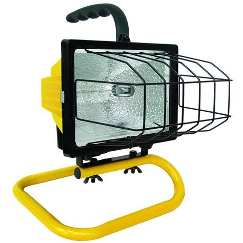 portable halogen work light voltec 500 watt halogen portable work light 08 00209 the