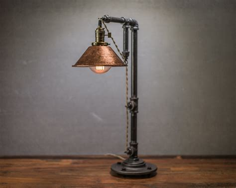Tischleuchte Industrial 30 industrial style lighting fixtures to help you achieve