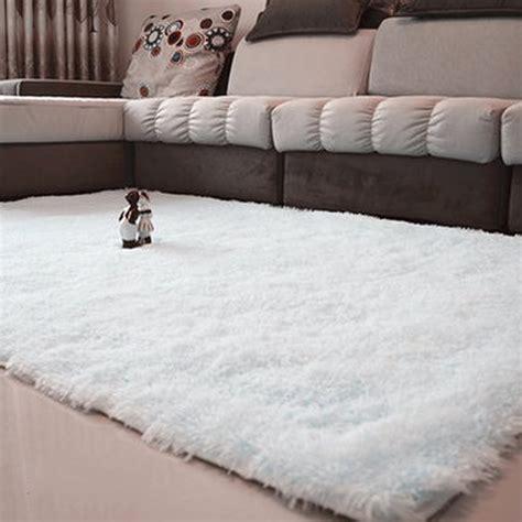 tapis doux pour salon  idees de decoration interieure
