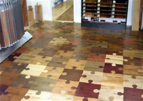 cork jigsaw flooring 歩いたとおりに光る床から食べ物を使った床まで 変わり種の床10種類 gigazine