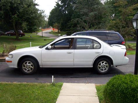 Mrlambo18 1995 Nissan Maxima Specs, Photos, Modification