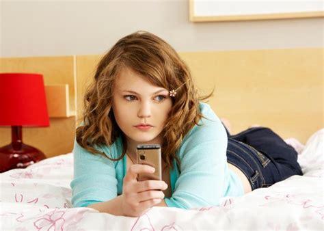 Nancy Jo Sales American Girls Reviewed