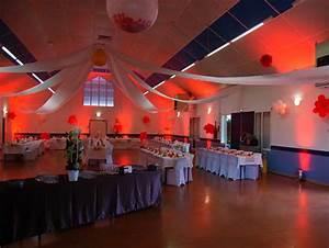 decoration lumineuse salle et mise en lumiere pau With deco pour jardin exterieur 11 decoration salle de jeux adolescent