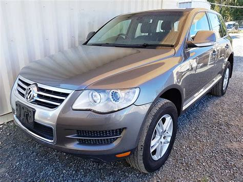 volkswagen touareg  tdi  grey  vehicle sales