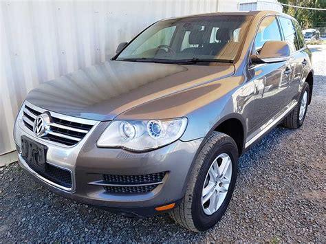 volkswagen touareg  tdi  grey  vehicle sales